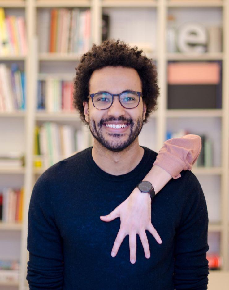 Portrait von Dennis Mußgnug – Hand aufs Herz!